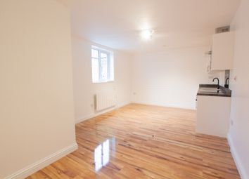 Thumbnail Studio to rent in High Road, Wood Green