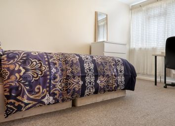 Thumbnail 3 bedroom shared accommodation to rent in Lomas Street, London