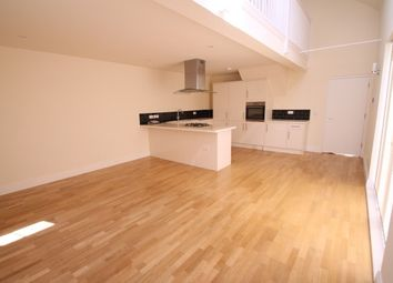 Thumbnail 3 bed property to rent in Brighton Road, Kingswood, Tadworth