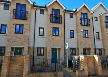 Thumbnail 4 bed town house for sale in Circus Drive, Cambridge