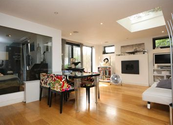 Thumbnail 2 bed property to rent in Fairfax Place, London