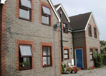 Thumbnail 1 bedroom flat to rent in Queens Road, Haywards Heath