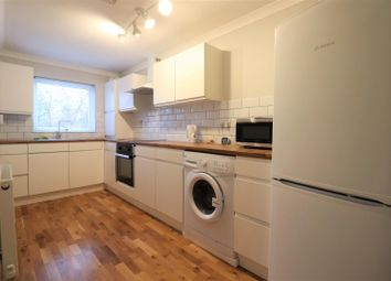 2 bed maisonette to rent in Rockingham Road, Uxbridge UB8