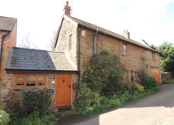 Thumbnail 3 bed cottage to rent in Blacksmiths Lane, Eydon, Daventry