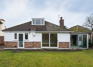 Thumbnail 2 bed bungalow to rent in West Temple Sheen, London