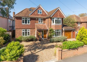 Thumbnail 5 bed detached house to rent in Daneswood Close, Weybridge, Surrey