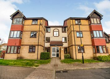 Thumbnail 1 bed flat for sale in Sterling Gardens, London