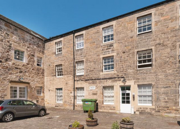 Thumbnail 2 bed flat to rent in Smith's Place, Edinburgh EH6,