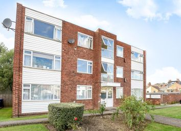 Thumbnail 2 bed flat to rent in Alston Road, Barnet