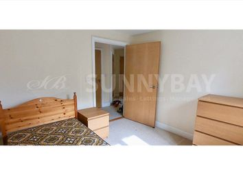 Thumbnail 2 bed flat to rent in Kingston Road, New Malden