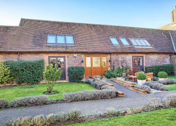 Thumbnail 2 bed barn conversion for sale in Preston, Nr. Hitchin, Hertfordshire
