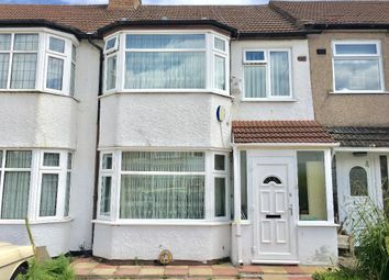 Thumbnail 2 bed flat to rent in Briar Close, Palmers Green, London