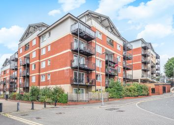 3 bed flat for sale in Penn Place, Northway, Rickmansworth, Hertfordshire WD3