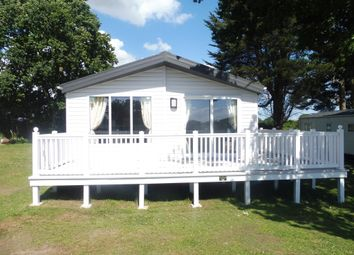 Thumbnail 3 bed mobile/park home for sale in Valley Road, Clacton-On-Sea