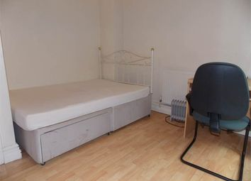 Thumbnail Room to rent in Room 5, Outfield, Bretton, Peterborough