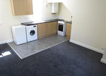 Thumbnail 2 bed property to rent in Almondbury Bank, Moldgreen, Huddersfield