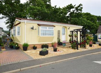 Thumbnail 2 bed mobile/park home for sale in Folly Lane, East Cowes, Isle Of Wight