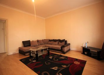 Thumbnail 2 bed flat to rent in Chingford Road, Chingford, London