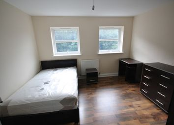 Thumbnail 4 bed town house to rent in Blue Fox Close, Leicester