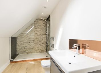Thumbnail 2 bedroom flat for sale in Beckford Road, Bath