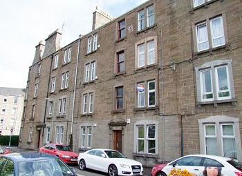 Thumbnail 1 bed flat to rent in Molison Street, Dundee