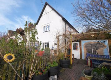 Thumbnail 3 bed property for sale in Cross Keys Road, South Stoke, Reading