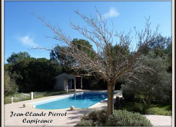 Thumbnail 5 bed property for sale in Languedoc-Roussillon, Gard, Nimes