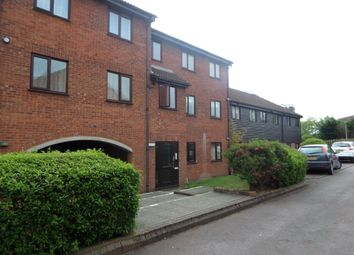 Thumbnail 1 bedroom flat to rent in Amwell Court, Hoddesdon