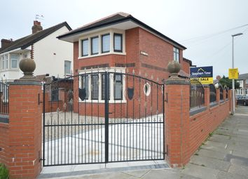 Thumbnail 2 bed detached house for sale in Ramsey Avenue, Blackpool