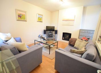 Thumbnail 3 bedroom flat to rent in Renfrew Road, London