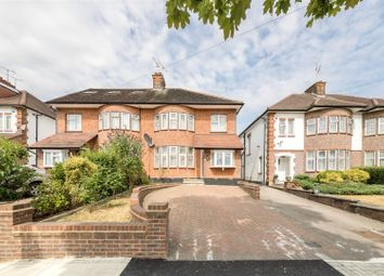 3 bed semi-detached house to rent in Walmington Fold, London N12