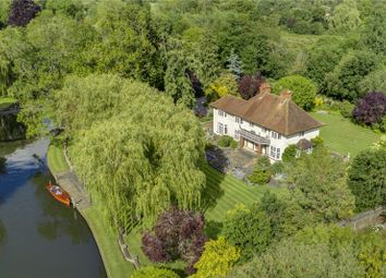 Thumbnail 6 bed detached house for sale in Loddon Drive, Wargrave, Reading, Berkshire