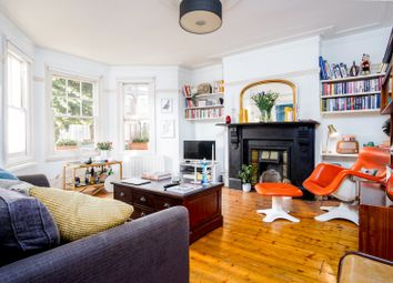 Thumbnail 1 bed flat for sale in Linthorpe Road, London