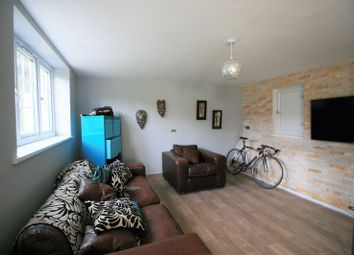 Thumbnail 1 bed flat to rent in Forest Close, London