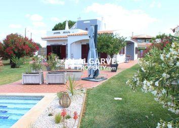 Thumbnail Villa for sale in Vilamoura, Quarteira, Algarve
