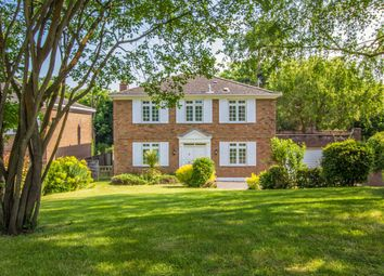 Thumbnail 4 bed property for sale in Ruxley Ridge, Claygate, Esher