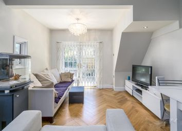Thumbnail 2 bed flat to rent in Valetta Road, Acton, London