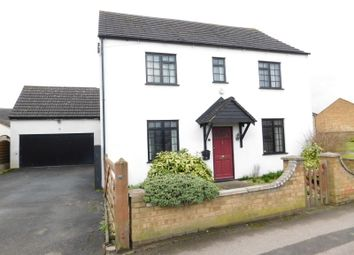3 bed detached house for sale in High Street, Stotfold, Hitchin, Herts SG5