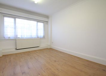 Thumbnail 3 bed flat to rent in Stamford Hill, London