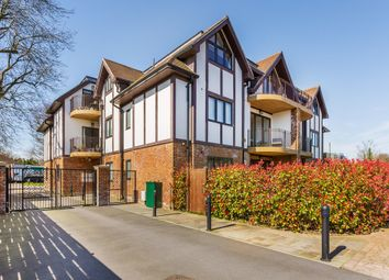 2 bed flat for sale in The Crescent, Station Road, Woldingham, Caterham CR3