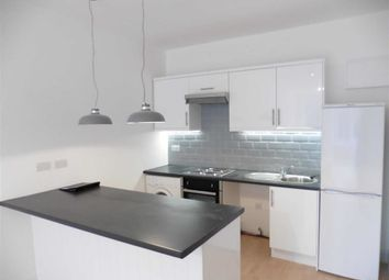 Thumbnail 1 bed flat to rent in High Street, Grays