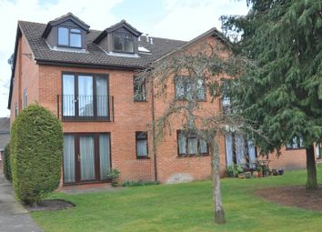 Thumbnail 2 bed flat to rent in Cambridge Road, Owlsmoor, Sandhurst