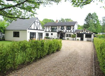 4 bed detached house to rent in Fox Corner, Worplesdon, Guildford GU3