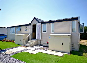 2 bed mobile/park home for sale in Carr Road, Felixstowe IP11