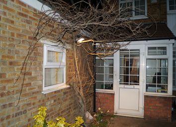 Thumbnail Studio to rent in Avenue Terrace, Newbury Park