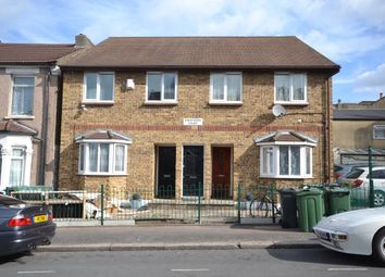 Thumbnail 1 bedroom flat to rent in Kingfisher Court, Roland Road, Walthamstow