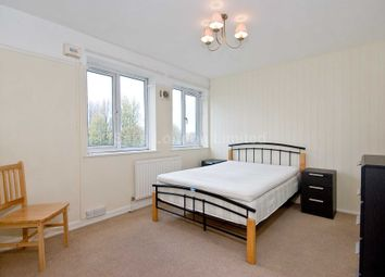 Thumbnail 1 bed flat to rent in Kimber Road, Wandsworth