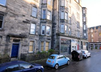 2 bed flat to rent in Roseneath Place, Marchmont, Edinburgh EH9