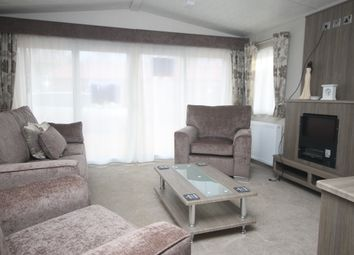 Thumbnail 2 bedroom mobile/park home for sale in Crow Lane, Great Billing, Northampton, Northamptonshire