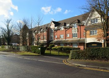 Thumbnail 2 bedroom flat for sale in Bath Road, Cippenham, Slough